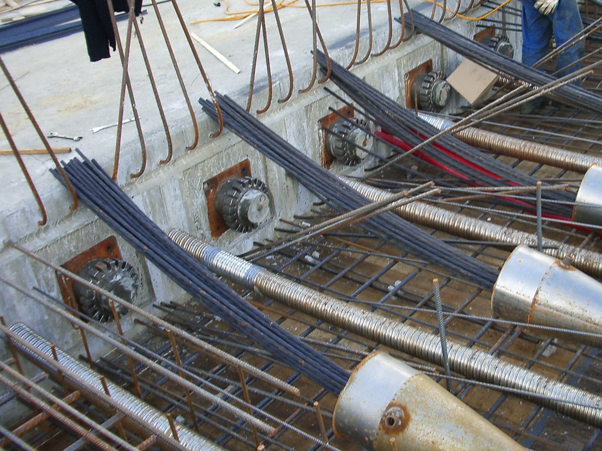 Unbonded Post Tensioning : Post tensioning system vsl